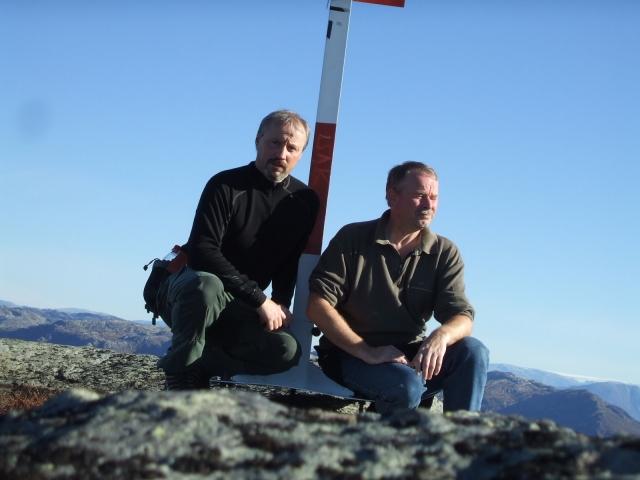 Meg og Thor på Torefjell i Norheimsund. 1050 moh.