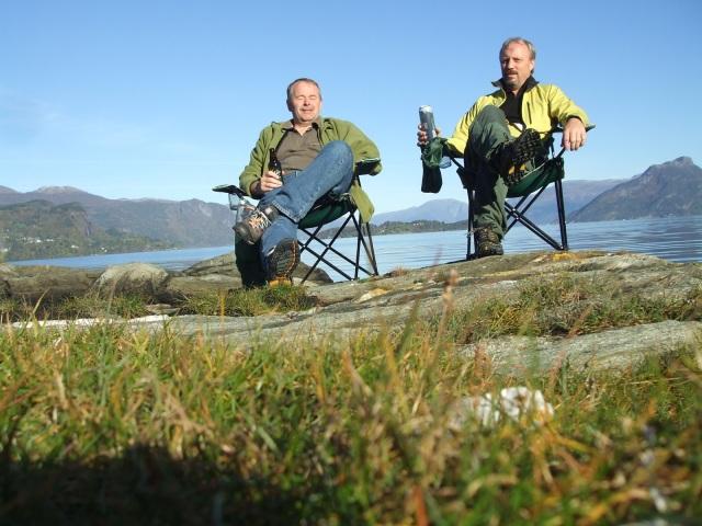 Høst ved Hardanerfjorden. Meg og Thor.
