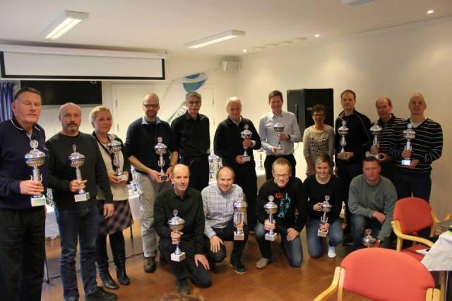 Utdeling av pokal for 5 maraton på Bergensk jord.
