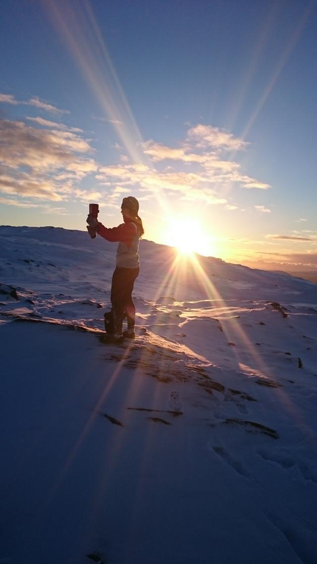Benedicte i solnedgang